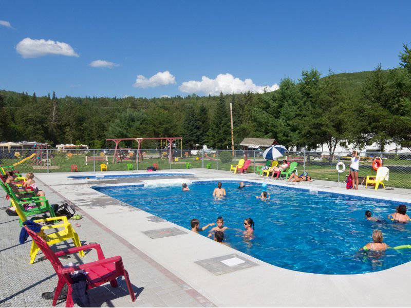 Camping Plage Municipale Dgelis  Campgrounds Dgelis  Lodging