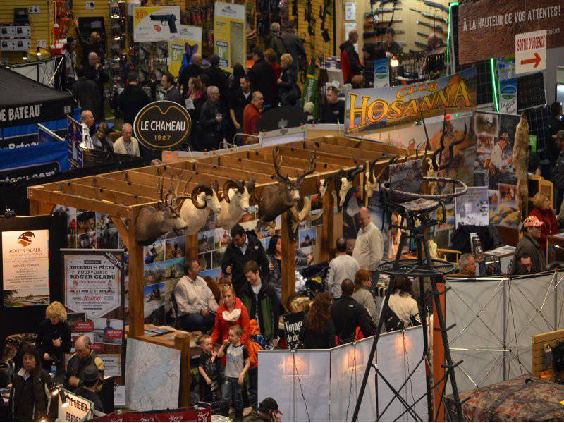 National outfitters 39 hunting and fishing show laval for Hunting and fishing show
