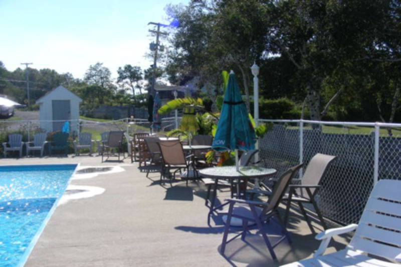 Camping du fort de la martini re campgrounds l vis for Camping a fort mahon avec piscine