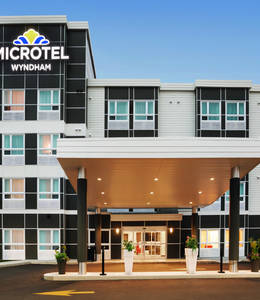 MICROTEL INN & SUITES DE VAL-D'OR