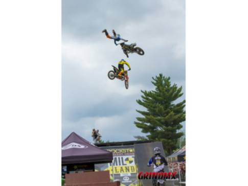 Acrobaties en motocross