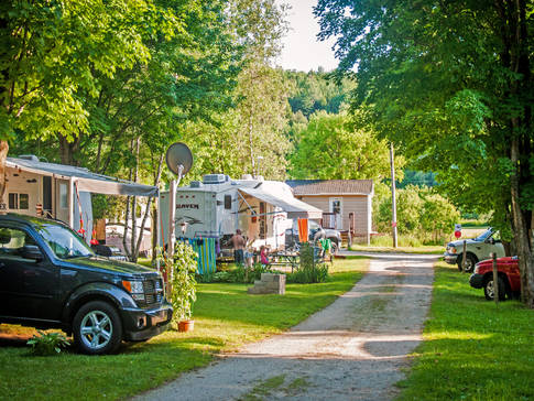Camping 2 et 3 services
