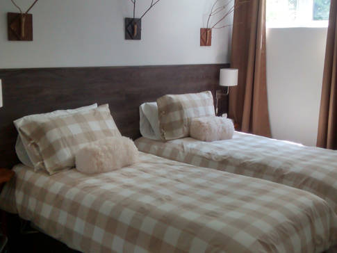 G te de la montagne urbaine bed and breakfasts l 39 anse for Chambre urbaine