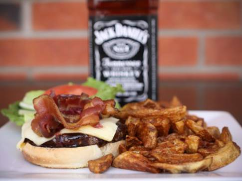 Hamburger Saint-Paul sauce Jack Daniel's