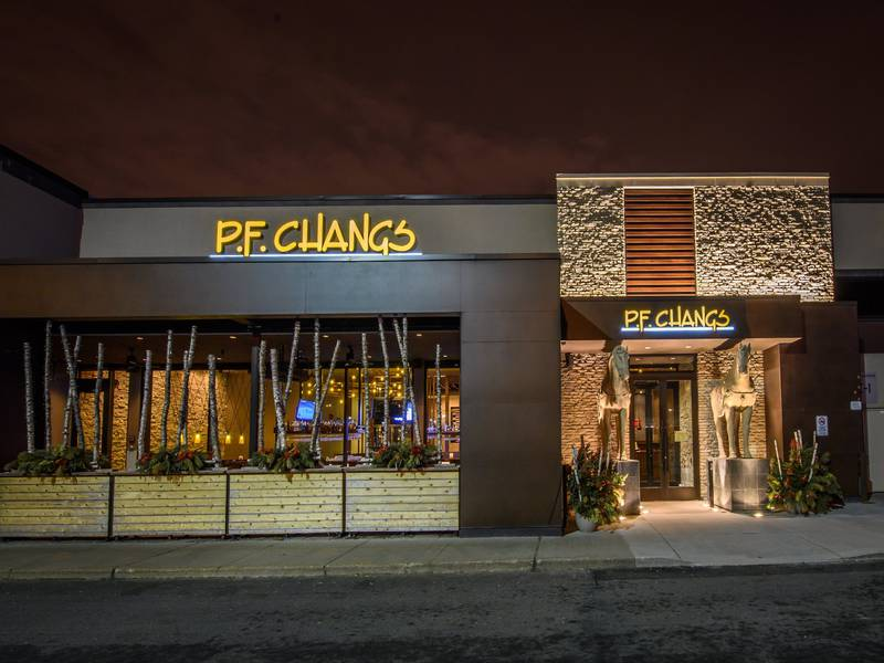 To put you in context, PF Chang is a big chain of restaurant in the US and you can find their most popular meals in supermarkets and stores like Target in the US. When you walk in, the restaurant is huge and nicely decorated. The menu offers a wide variety of chinese meals/5(51).