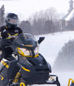 Countryside—Snowmobile package